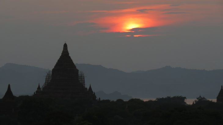 Bagan sunset temple view